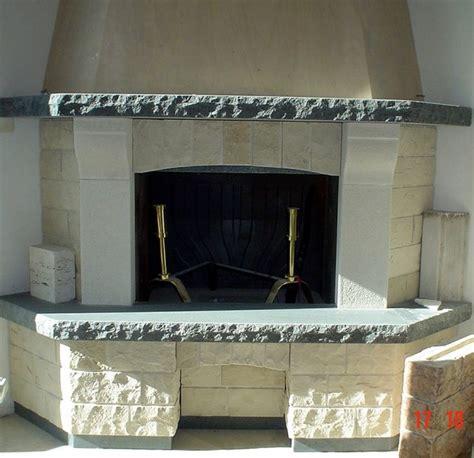 camini in pietra lavica letto matrimoniale ferro battuto con contenitore