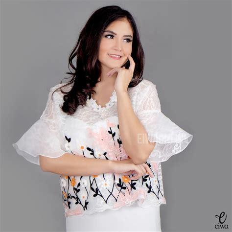 modern bell sleeve lace top kebaya brokat organza baju