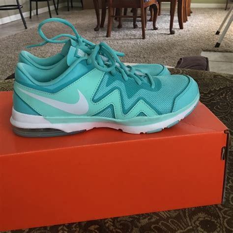 Nike Womens Air Sculpt Tr 2 18 nike shoes nike air sculpt tr 2 from alyssa s