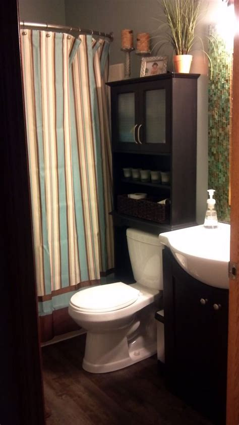 Remodeling Bathroom On A Budget by Small Bathroom Remodel On A Budget 1000 This Small Bathroom Needed Color Warmth And