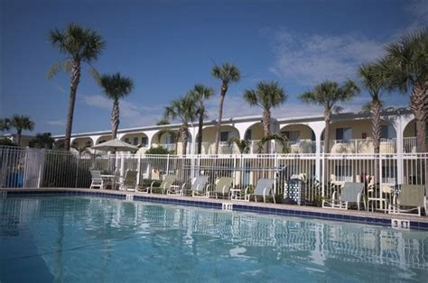Snell Isle Luxury Waterfront Apartment Homes Snell Isle Luxury Waterfront Apartments In St Petersburg Fl 33701 Rentcaf 233