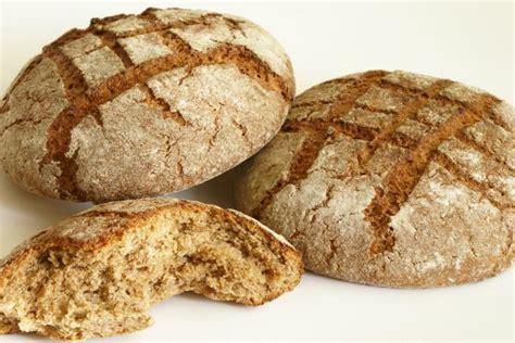 come fare il pane azzimo in casa pane azzimo i benefici ei rischi come cuocere il pane