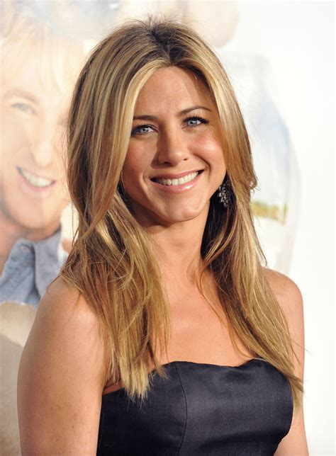 Lepaparazzi News Update Aniston Tops Hairstyles Poll by Aniston Pictures Gallery 9 Actresses