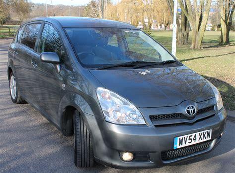 Toyota Corolla Verso 2 0 D4d Toyota Corolla Verso D4d 2 0 Diesel Criscars