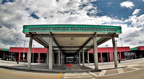 aeroporto di perugia orari e informazioni umbria
