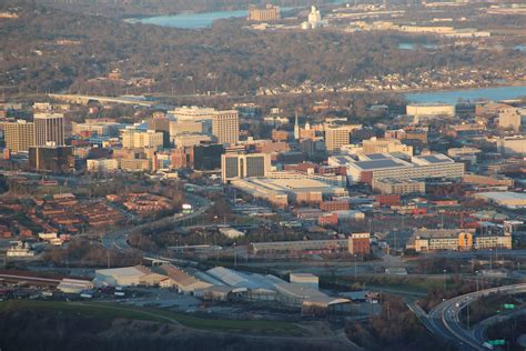day chattanooga tn file downtown chattanooga jpg wikimedia commons