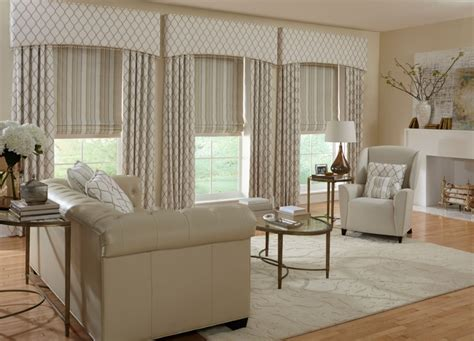 formal living room drapes