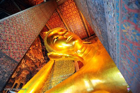 Wat Pho In Bangkok Temple Of Reclining Buddha