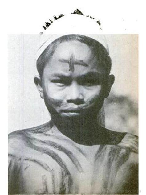 kinyah mandau folks of dayak