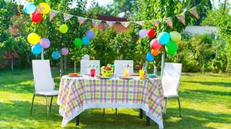 Decorate Home For Birthday Party by How To Plan A Kids Birthday Party On A Budget 6 Ways To Save