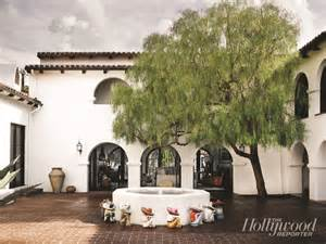 Spanish Style Homes With Interior Courtyards by Cococozy See This House A Gleeful Spanish Style Abode