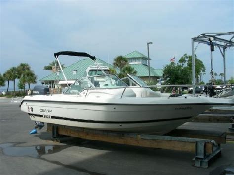 century boats dual console 2002 century 2100 dual console boats yachts for sale