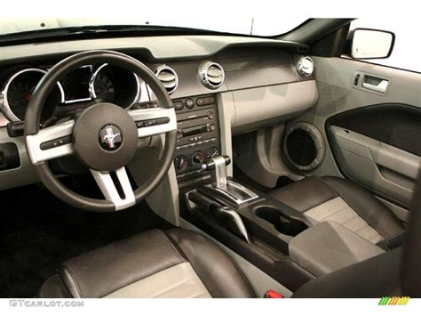 black dove accent interior 2007 ford mustang gt cs