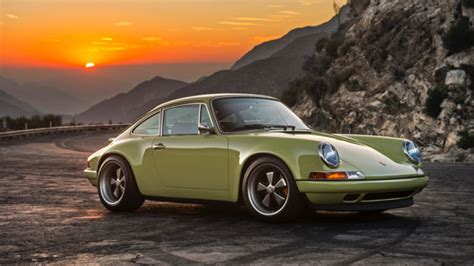Six Car Garage just sit there and drool over the gorgeous new singer 911