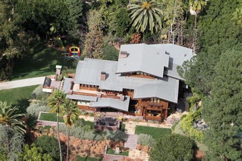 angelina jolie and brad pitt house brangelina split all you need to know about their 120 mn real estate empire