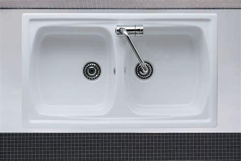 lavelli in ceramica da incasso lavello da incasso due vasche genius 2v