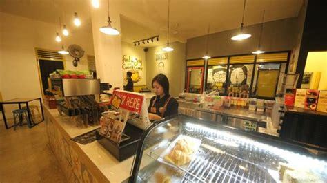 Yellow Truck Coffee Harga tempat nongkrong bandar lung asik murah jalankemana