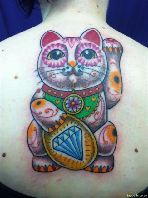 tattoo cat lucky lucky cat tattoo oh i want this one hehe it is so way