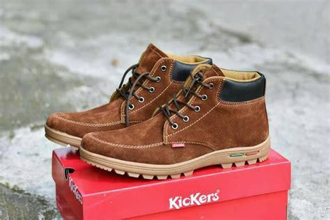 Sepatu Baru Kickers Boots Coklat sepatu boots touring outdoor pria kickers suede coklat tua
