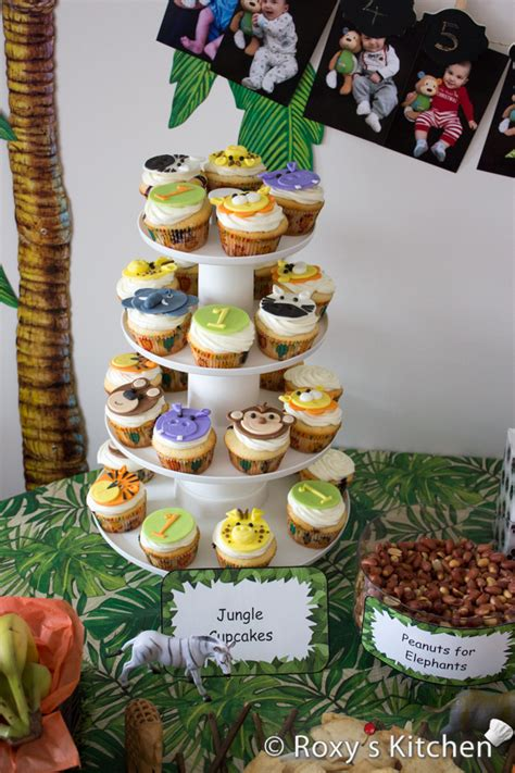First Birthday Party Decorating Ideas How To Make Safari Jungle Animals Fondant Cupcake