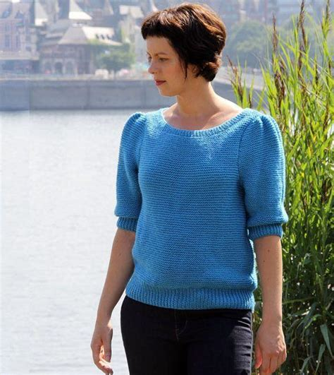 how to knit a pullover sweater for beginners 6 easy knit sweater patterns on craftsy