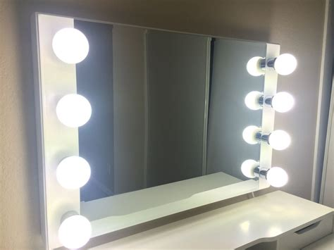 Vanity Mirror With Lights Lighted Makeup Vanity Mirror Makeup Vidalondon