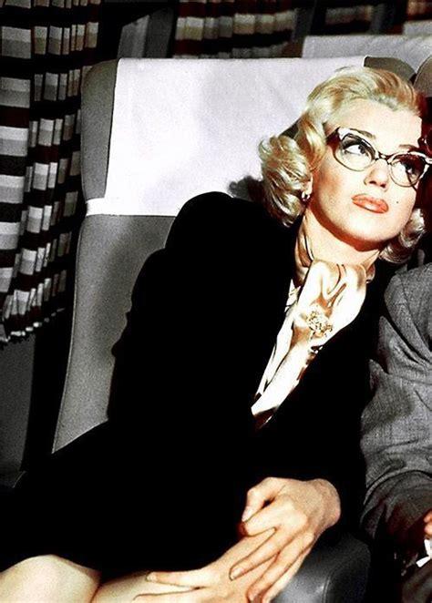 marilyn monroe reading glasses marilyn monroe i like this one i keep my reading glasses