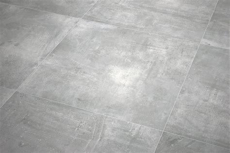 Weiße Fliesen Reinigen 4552 by Esszimmer Grau Eichenholz