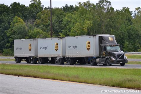 volvo freight trucks ups freight volvo vnl300 with triples 2 trucks buses