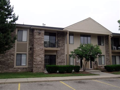 apartments for rent mi canterbury park apartments for rent in livonia mi yelp
