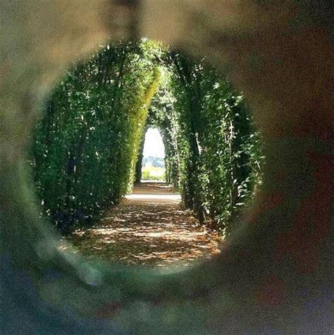 giardino degli aranci serratura el buco di roma tem que visitar foto di priorato dei
