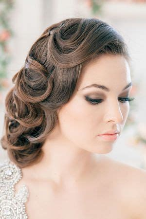 flapper updo hairstyles wedding hairstyles vintage 1920 s updo locks neutral