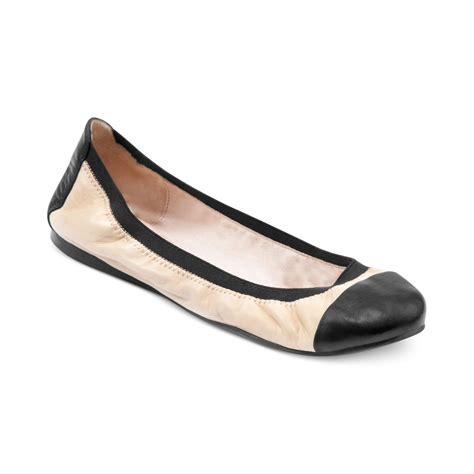 vince camuto shoes flats vince camuto elise ballet flats in white petal black lyst
