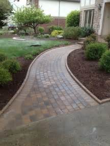 25 best ideas about paver walkway on pinterest backyard pavers front sidewalk ideas and