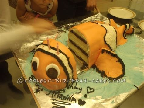 cool 10 layer 3d finding nemo cake
