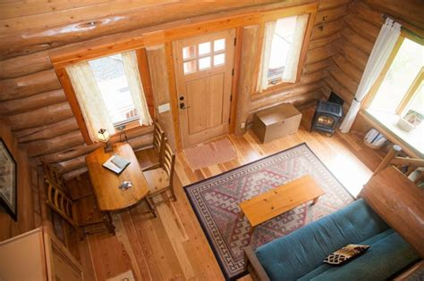 a handcrafted rustic guest cabin dotter solfjeld accommodations idaho adventure resort guest ranch
