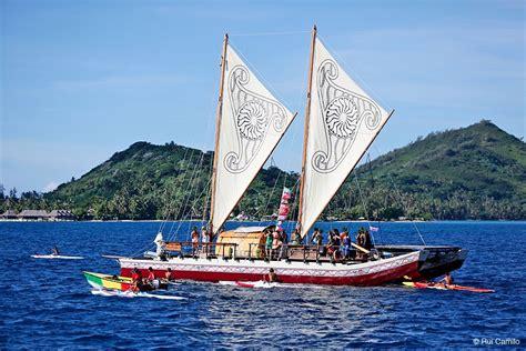 moana outrigger boat girls sail on hine moana vaka moana pinterest moana