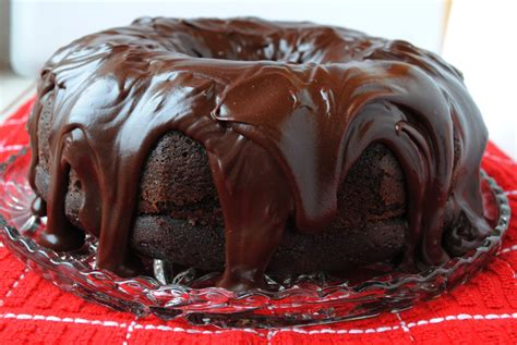 best chocolate frosting for cake the best chocolate cake with pudding frosting recipe