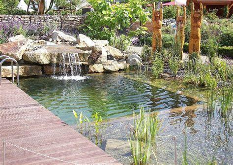 Gartengestaltung Pool Beispiele 2612 by Gartengestaltung Pool Beispiele Schmaler Pool Im Garten