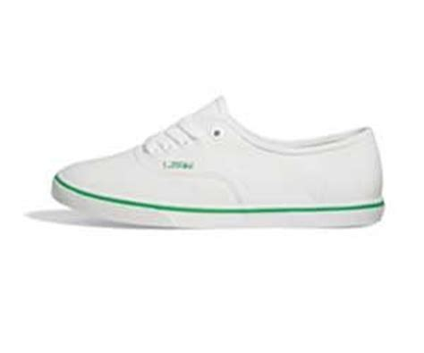 cleaning vans shoes canvases shoes and cleanses on
