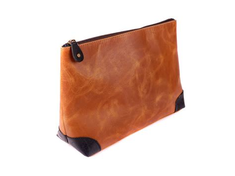 Handmade Toiletry Bag - handmade leather toiletry bag by vida vida