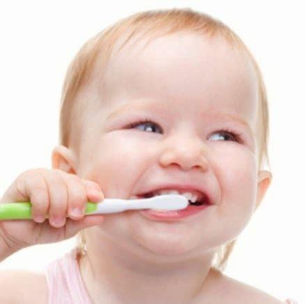 Biaya Pembersihan Karang Gigi Ke Dokter perawatan gigi dan mulut mendasar