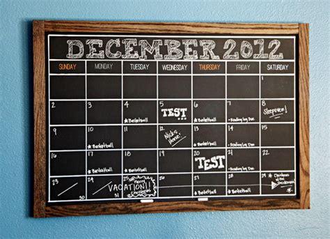 chalkboard diy calendar iheart organizing our favorite organizing tips for a