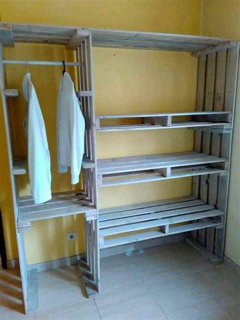 mensole armadio oltre 25 fantastiche idee su mensole armadio su