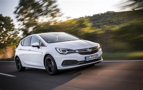 opel astra k gains opc line sport pack autoevolution