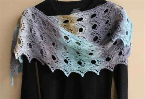knitting pattern scarf 4mm needles shetland glory shawlette allfreeknitting com