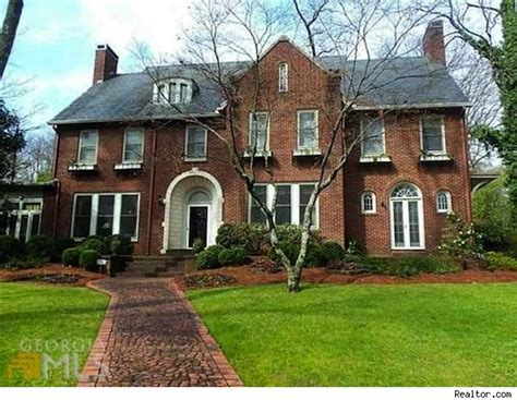 insurance house atlanta driving miss daisy home in atlanta hits the market for 1 995 million house of the day