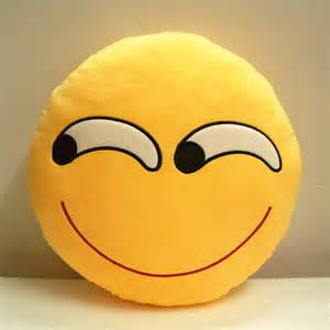 smiley pillows cheap wholesale popular whatsapp emoji pillows decorative