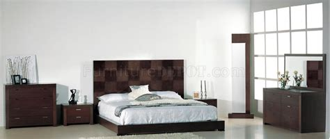 Oversized Headboard by Walnut Finish Bedroom With Oversized Headboard