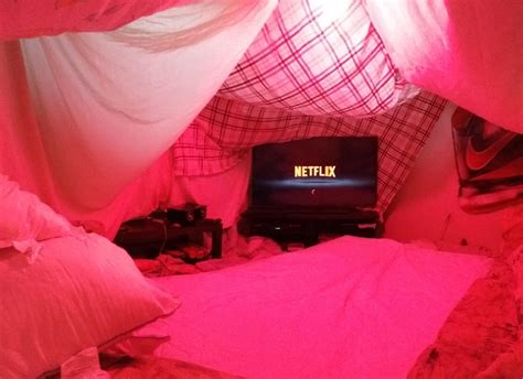 Pillow Fort by 21 Things You Can Do If You Want Because You Re An Dammit Huffpost